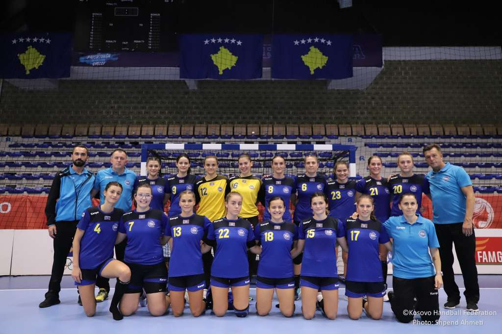 Foto ekipore e ekipit kombëtarë të femrave