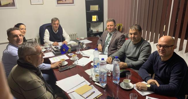 Në foto shihet Bordi Ekzekutiv i Federatës së Hendbollit të Kosovës.